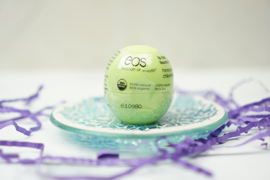 EOS Visibly Soft Smooth Sphere Pure Softness Lip Balm