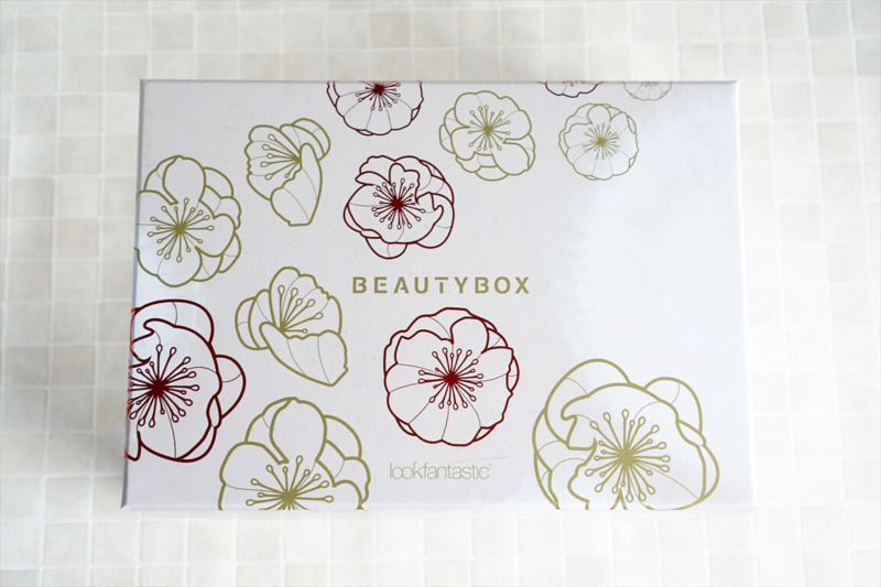 lookfantastic 日本限定 Beauty Box